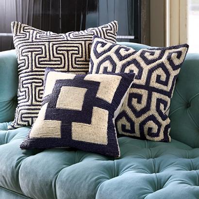 Сочетание декоративных подушек